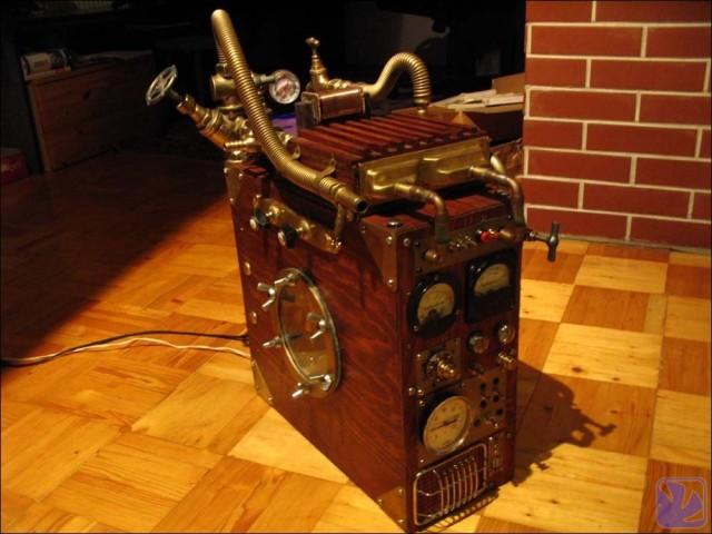 Steampunk vízhűtéses számítógép