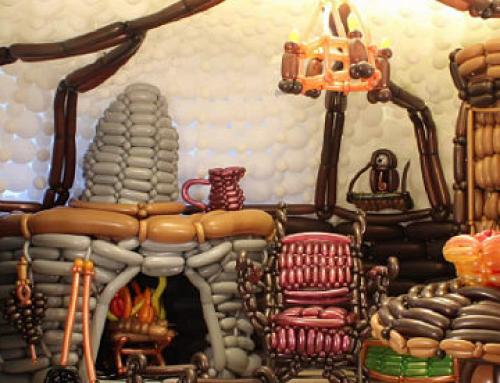 Zsákos Bilbó otthona 2600 darab lufiból
