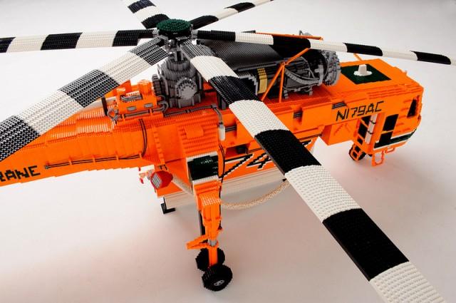 LEGO - Erickson Air-Crane Elvis helikopter 4